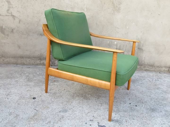 Knoll Easy Chair