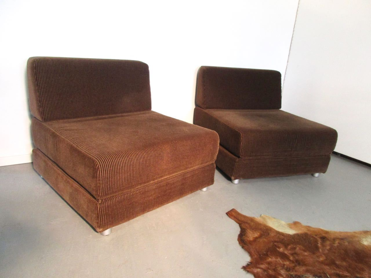 Sold seventies cordsessel schlafsofa retro salon cologne for 70 er jahre couch