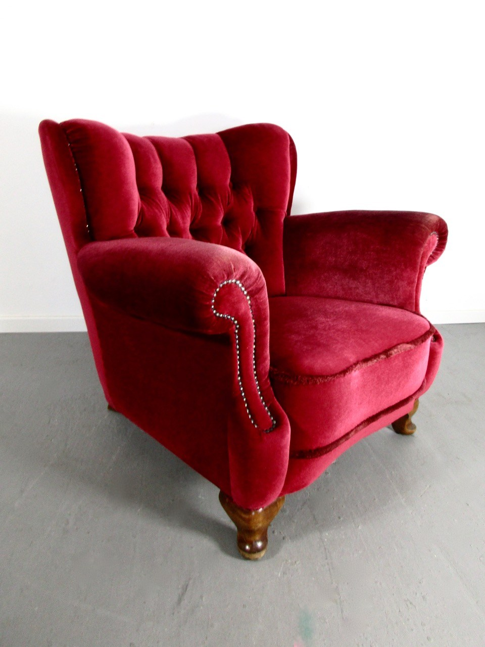 Sold roter samt sessel 1 2 retro salon cologne for Roter sessel